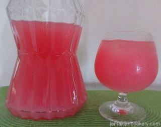 Jamaican apple juice