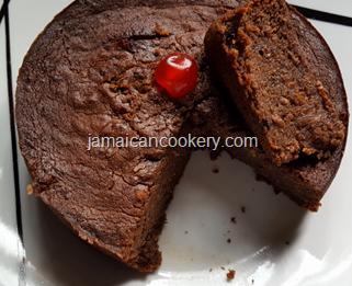 Jamaican Christmas sorrel cake